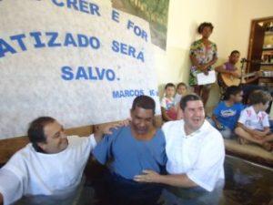 Lucios laatste doopdienst